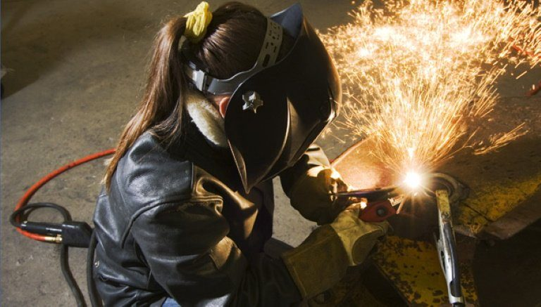 Basics You're Required To Consider Before Purchasing A Welding Helmet