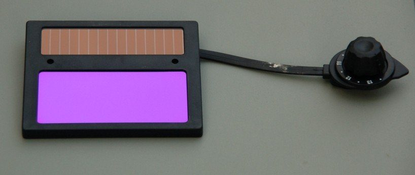 A Welding Helmet Standard glass lens auto-darkening lens